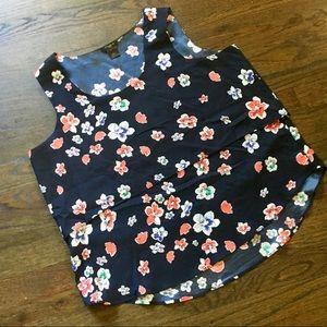 NWOT Ann Taylor sleeveless blouse Sz LP
